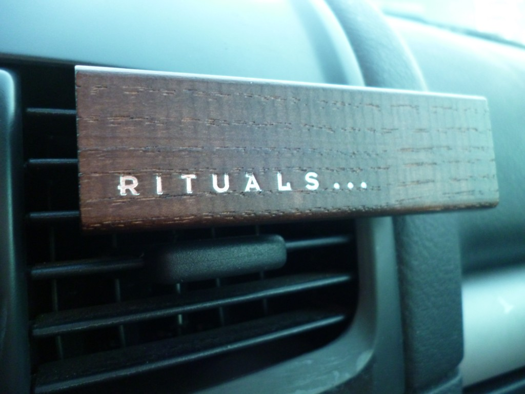 Rituals Geur Auto.Rituals Car Scent Life Is A Journey Essential Honesty